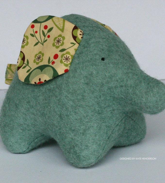 Picture of Eli Elephant PDF Pattern