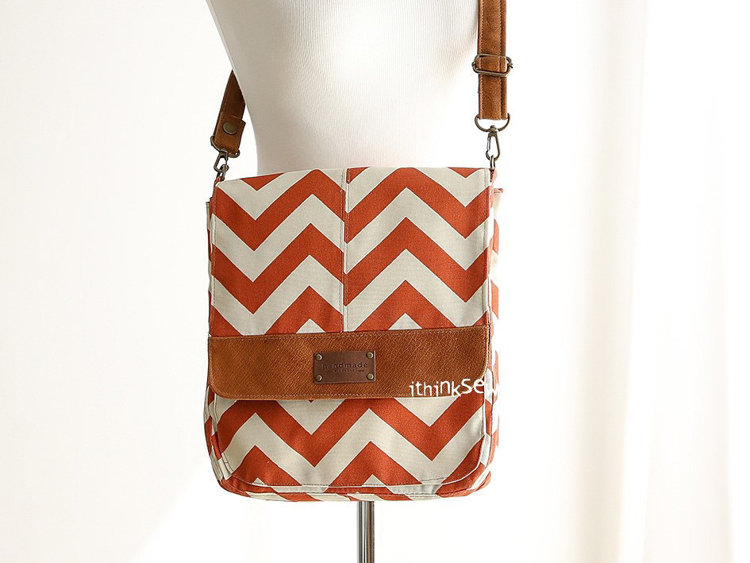 Picture of Marika 2 Compartments Bag & Tablet Sleeve PDF Pattern
