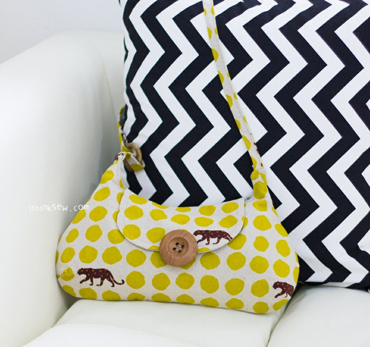 Picture of Roxanna Clutch PDF Pattern