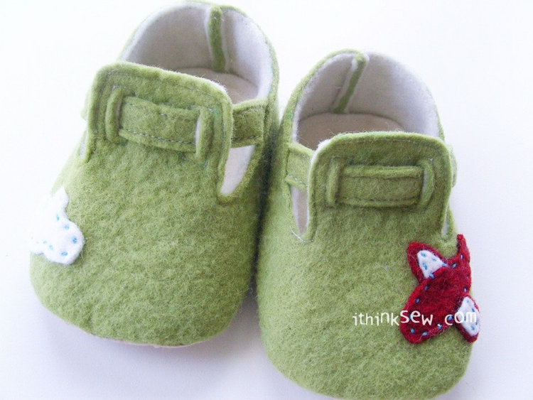 Picture of Taylor Felt Baby Booties PDF Pattern