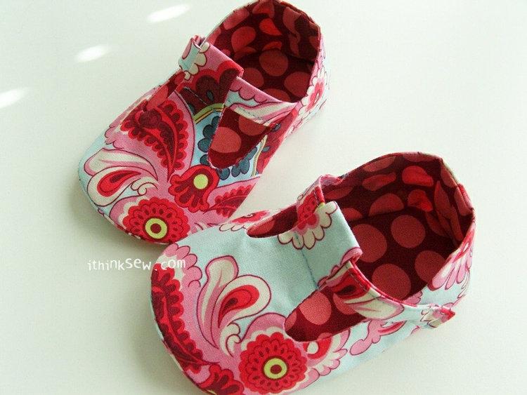 Picture of Jordan Baby T-Strap Shoes PDF Pattern
