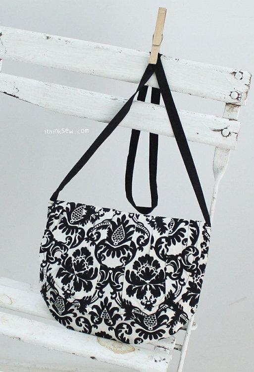 Picture of Heidi Clutch Bag PDF Pattern