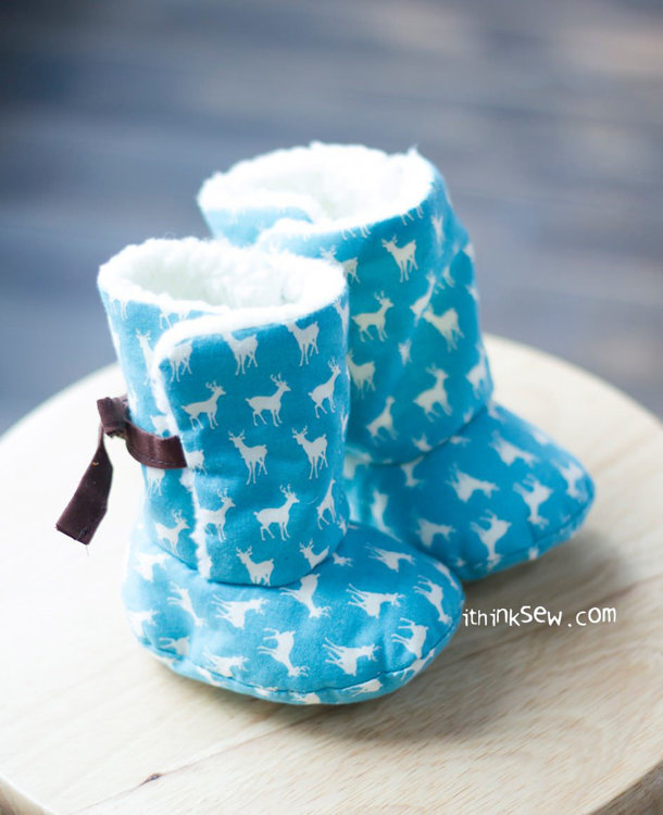 Picture of Reese Ribbon Baby Boots PDF Pattern