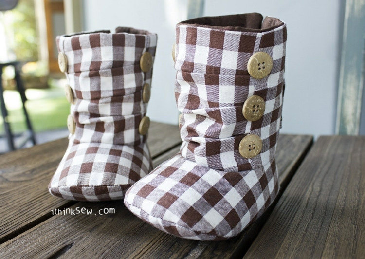 Picture of Nico Baby Boots PDF Pattern