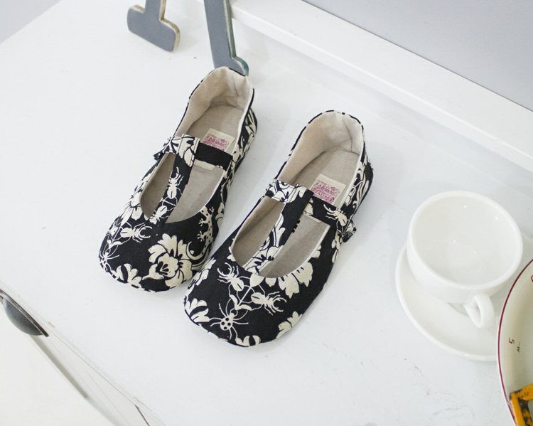 Picture of Sabrina Women's T Strap Shoes