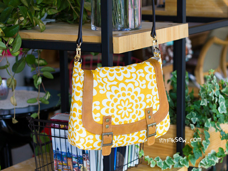 Picture of Monica Messenger bag PDF Pattern