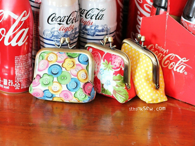 Picture of Jeanie Coin Purse PDF Pattern