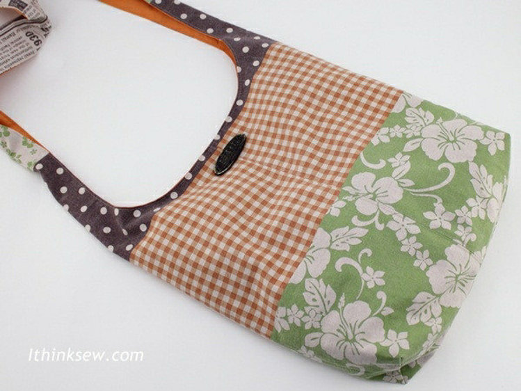 Picture of FREE - Alex Messenger Bag PDF Pattern