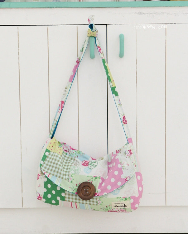Picture of Martina Crossbag PDF Pattern