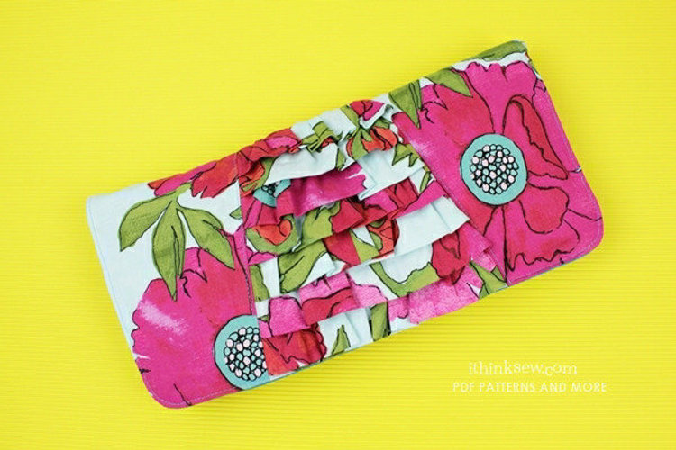 Picture of Fabiola Clutch Bag PDF Pattern