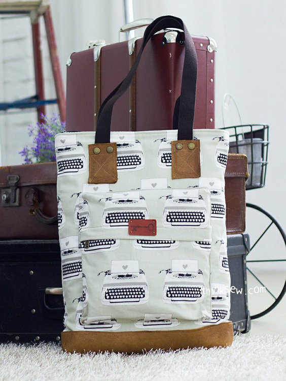 Picture of Gwyneth Laptop Bag PDF Pattern