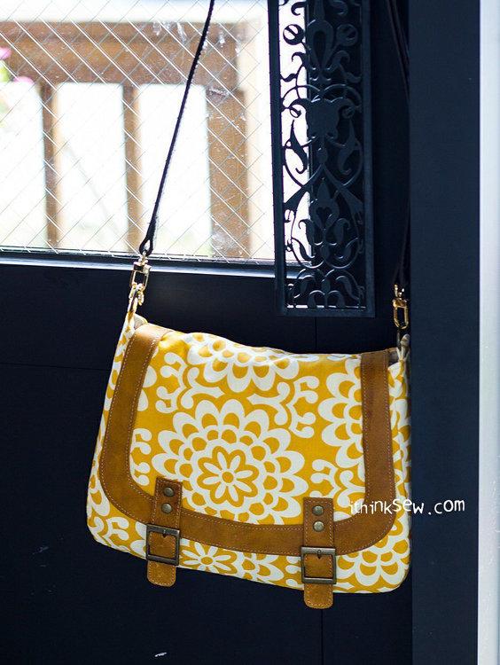 Picture of Monica Messenger bag PDF Pattern