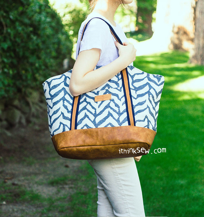 Picture of Rian Tote Bag PDF Pattern