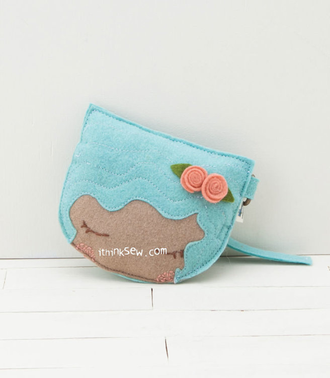 Picture of Dolly Coin Purse PDF Pattern