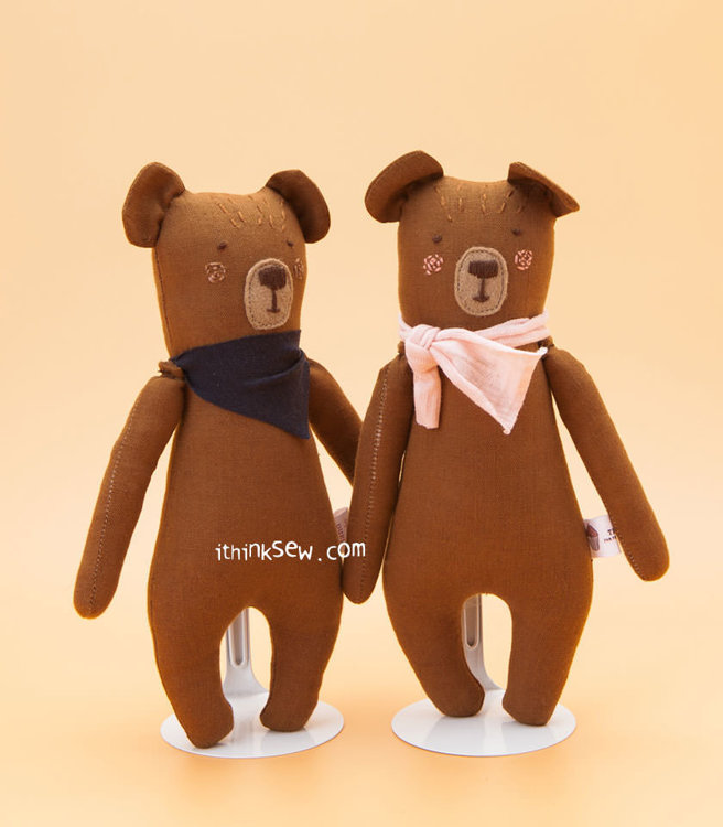 Picture of Bear Family Dolls PDF Pattern