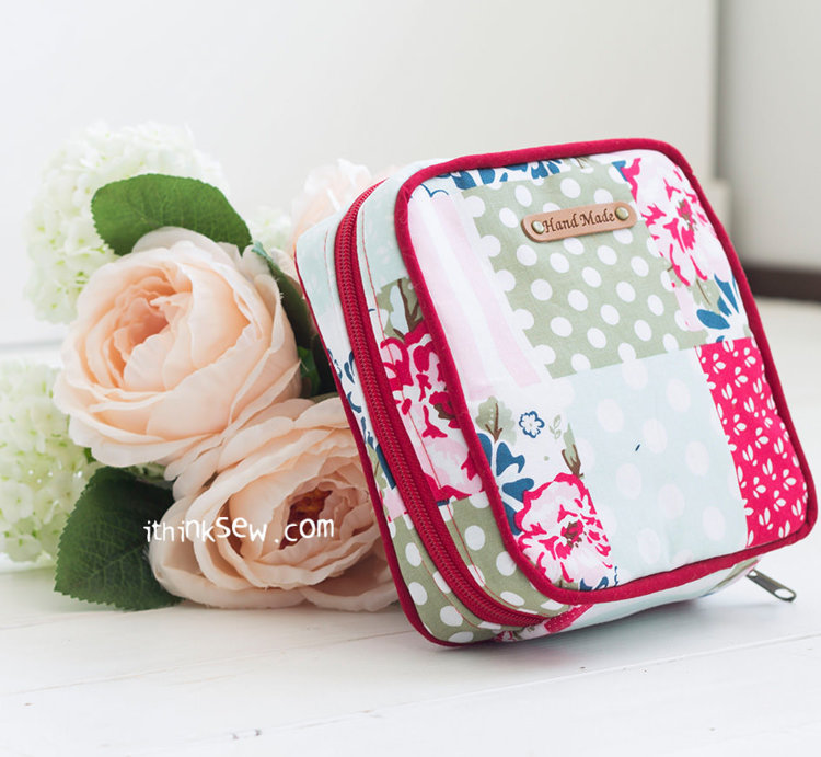 Picture of Megan Pouch PDF Pattern