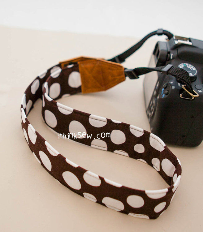 Picture of FREE - Vesta Camera Strap PDF Pattern
