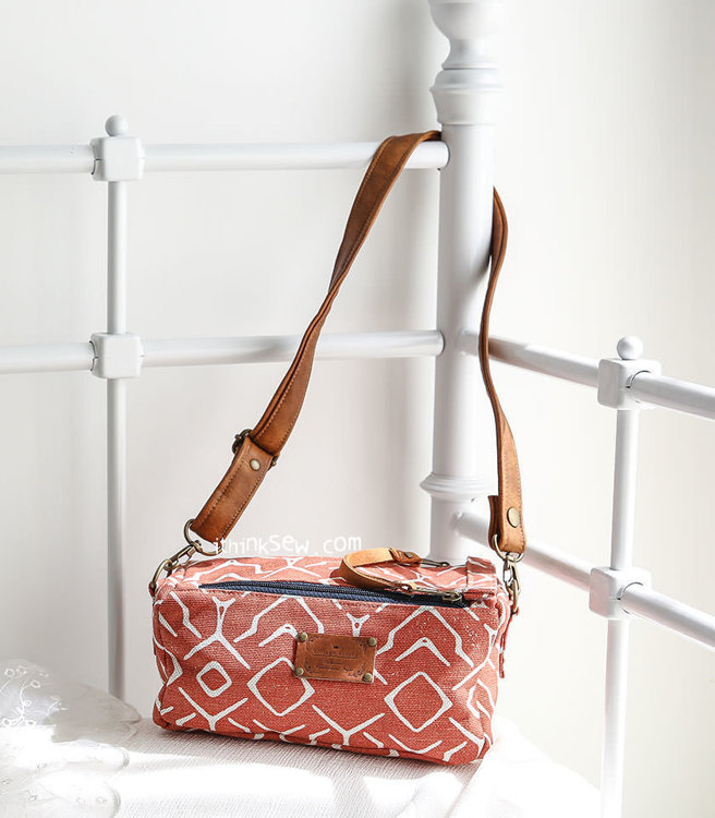 Picture of Willie Double Zippered Boxy Bag PDF Pattern