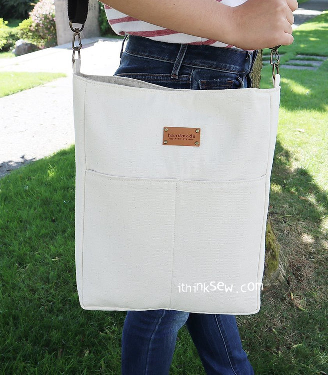 Picture of Free Rander Laptop Bag PDF Pattern