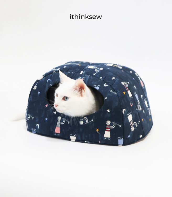 Picture of Free Cat House PDF Patterns & Video Tutorial (2 Size )