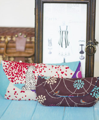 image for Grab and Go Clutches PDF Pattern (#163) - Subscribers Only