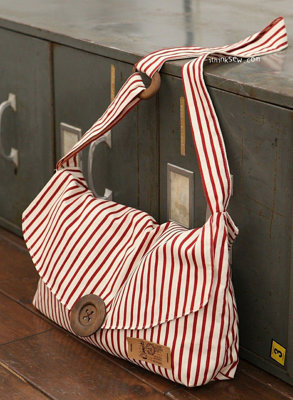 image for Martina Crossbag PDF Pattern (#241) - Subscribers Only