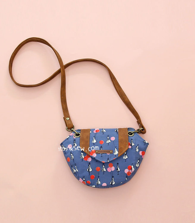 Picture of Annamarie Zipper Divider Bag PDF Pattern