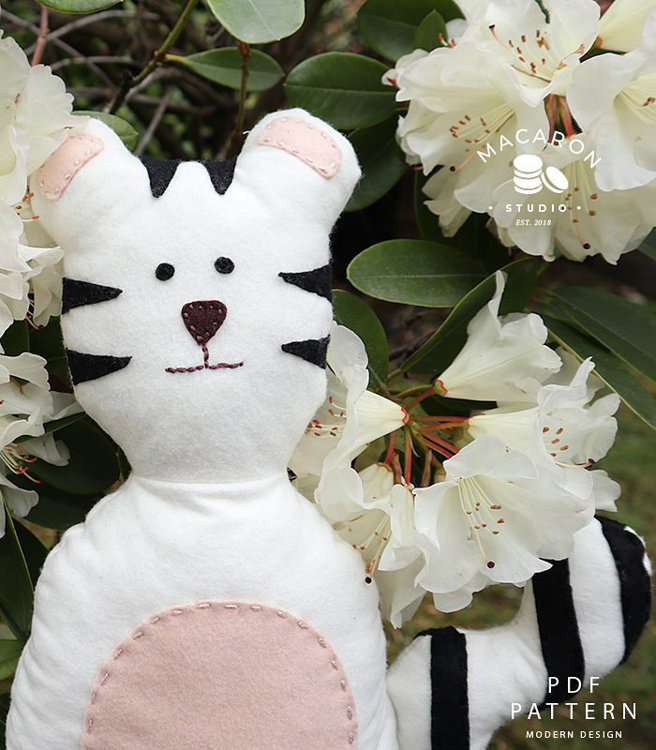 Picture of White Tiger Liam Doll PDF Pattern