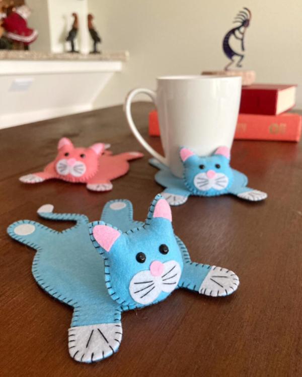 Picture of Felt pdf pattern, Cat sewing tutorial, plushies, DIY cat coaster, cat pattern, coaster pattern
