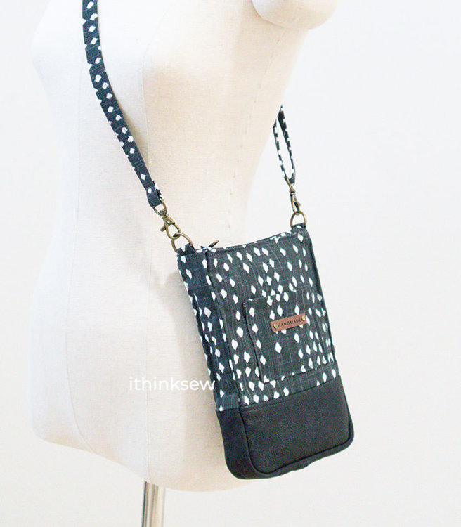 Picture of Free Lois Cross Bag PDF Pattern